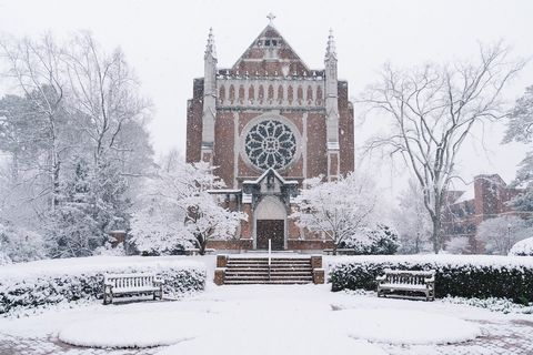 Due to the winter weather advisory, the University of Richmond will delay opening on Friday, Feb. 12, until 10 a.m. All classes or events scheduled to begin at 10 a.m. or later will be held. There will be no in-person classes before 10 a.m.