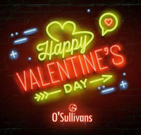 💗 Happy Valentine's day !  L'amour toujours, que tu sois seul  ou accompagné - et bien c'est encore mieux - le principal ici c'est que tu es l'amour de ton bar.  🍾 C'est aussi l'occasion de vous dire qu'on vous aime, même si c'est toute l'année (cœur avec les doigts enfin avec des shots parce que c'est plus cool).  Bref on s'est démené à vous rédiger un article sur la romance au sein de nos bars pour ce jour spécial : ✅ https://bit.ly/3tUW1Id  Un click fera notre bonheur et vous donnera le sourire ! #winwinday  PSSST 👉 WE'RE OPEN TODAY  💚💙❤️💛  #valentineday #valentin #valentine #valentines #happyvalentinesday #saintvalentin #saintvalentinesday #love #bar #paris #loveinparis #osullivansbackstagebythemill #osullivanspigalle #pigalle