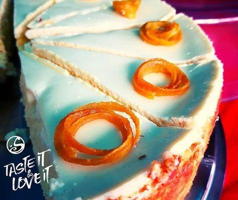 🥮 CHEESECAKE  Parce que c'est de toute beauté, on aime vous partager nos créations #homemadecake   👍 Si tu trouves ce  #lemoncheesecake sexy ! . . #cheesecake #cheesecakelovers #homemade #lemon #restaurant #paris #pigalle #osullivanspigalle #osullivansbackstagebythemill