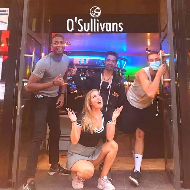 🥳 R.E.O.P.E.N.I.N.G Oui vous avez bien lu ! . . Demain, jeudi 23 JUILLET à 19h00, sois prêt !   #cometoparty  . . 🌺  #freshdrinks #newbar #newpub #chillzone #terrasse #food #acousticlive with #fiftyfifty Viens re-découvrir ton bar ! 💥 O'Sullivans Backstage By the Mill #thereturn . . ⚠️Le staff est bouillant et très en forme, attention !! . . 😷 N'oublie pas ton nouvel ami #masque pour te déplacer dans le bar.