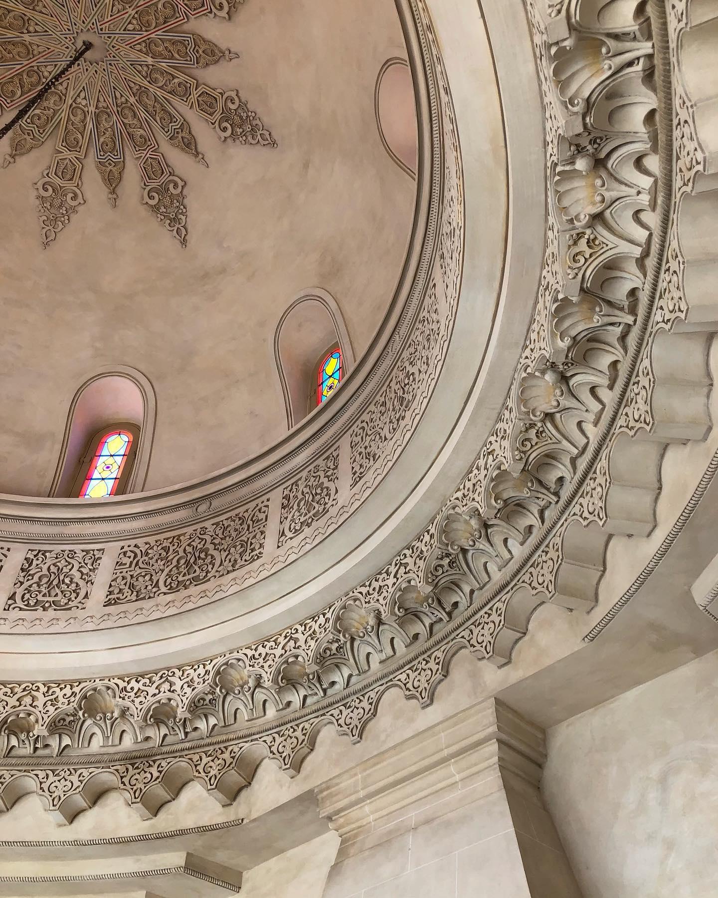 Pleins de nouveautés à vous dévoiler bientôt 🙌  #villadjunah #ouvertureprochaine #neomauresque #restauration #monumenthistorique #coupole #teaser #cotedazurfrance #frenchriviera