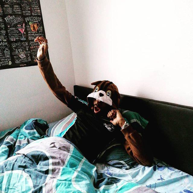🐻❄️Après une longue hibernation nous sommes de retour sur #instagram☀️🐿️ C'est le réveil du #barman pour vous faire kiffer à la Pyjama Party de Vendredi !!! 🎉 SOYEZ PRÊT 🎉  #osullivans #oscergy #irishpub #publife #beer #draftbeer #happyhour #afterwork #joinus #party